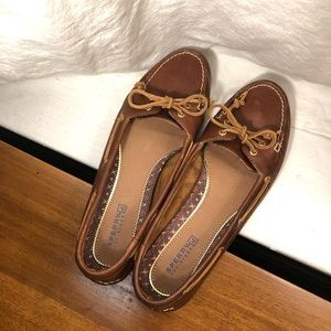 SPERRY topsider leather classic boat shoes 9.5